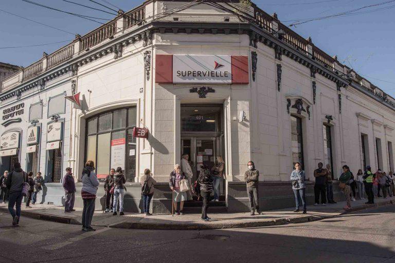 Los bancos retoman su horario habitual de atención